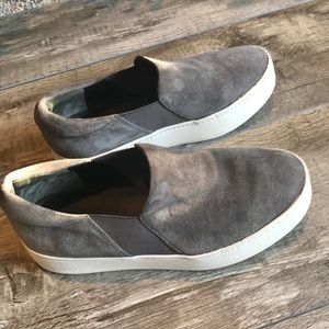 Vince Warren Suede Platform Skate Sneakers